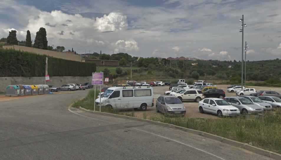 El cotxe on van robar estava estacionat a l'aparcament situat al Camí del Llorito.