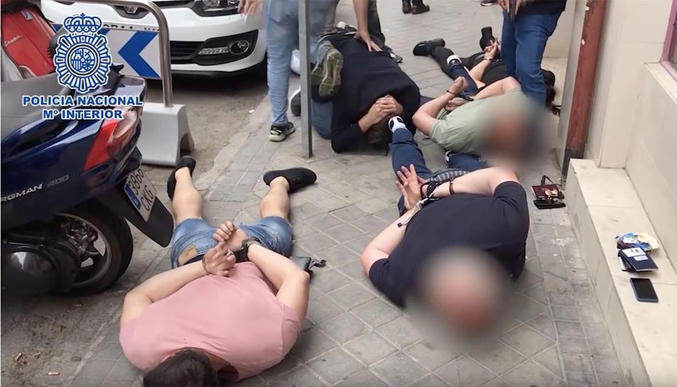 Els segrestadors van ser detinguts quan estaven canviant de domicili a la víctima.