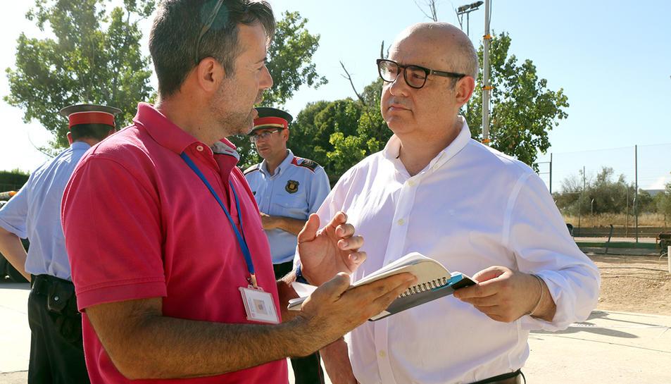 El president de l'Audiència de Tarragona, Javier Hernández, al Centre de Comandament de l'incendi forestal de la Ribera d'Ebre.