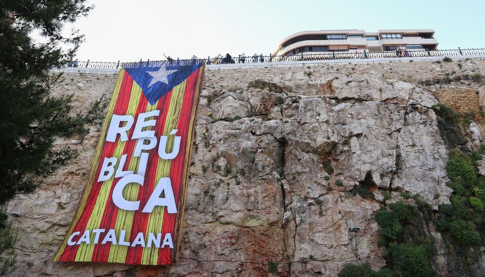 L'estelada que va ser passejada durant la Patum de Berga, ahir a la tarda al Balcó del Mediterrani.