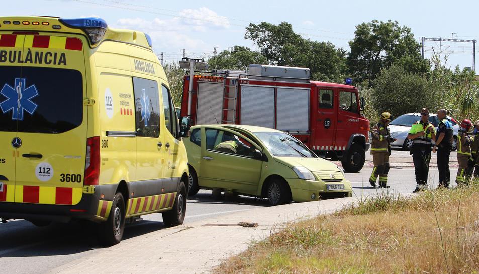 Bombers, SEM, Guàrdia Urbana de Reus i Mossos d'Esquadra s'han traslladat al lloc.