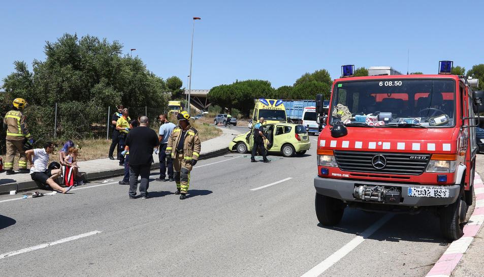 L'accident s'ha produït en una rotonda de la carretera Bellissens.