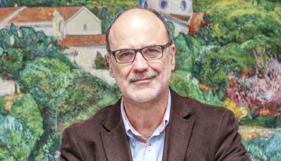 Des de 2017, Montserrat és president de la Federació de l'Ebre d'ERC.