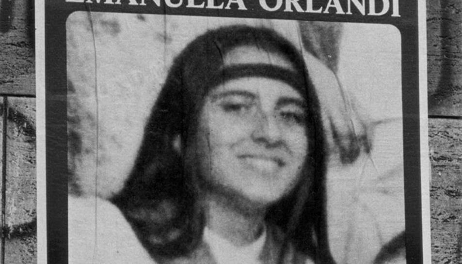 Cartell amb la imatge de la jove desapareguda fa 36 anys.