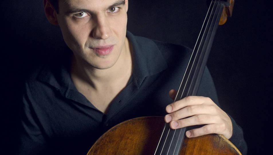 El violoncelista Victor-Julien Laferrière enceta el festival.