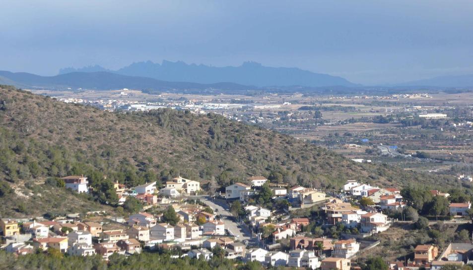 Panoràmica del Baix Penedès des del Puig de l'antena.