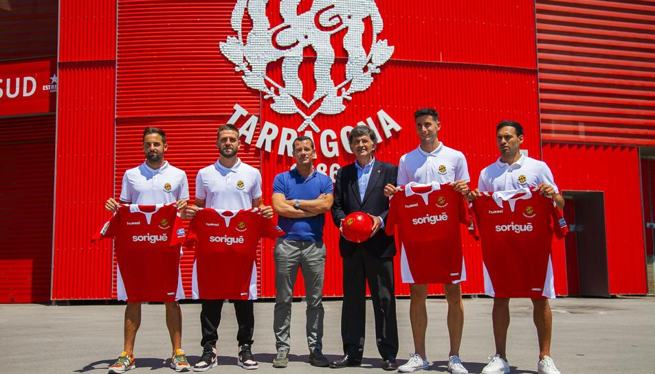 Giner, Goldar, Sergi Parés, Josep Maria Andreu, Albarrán i Petcoff en la presentació dels fitxatges.