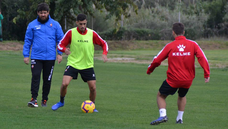 Abel Mourelo en un entrenament amb el CF Reus la temporada passada.