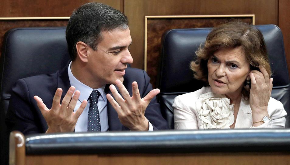 El candidat socialista a la presidència ambm la vicepresidenta del govern, Carmen Calvo.