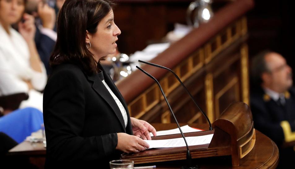 La portaveu socialista, Adriana Lastra, durant la seva intervenció.