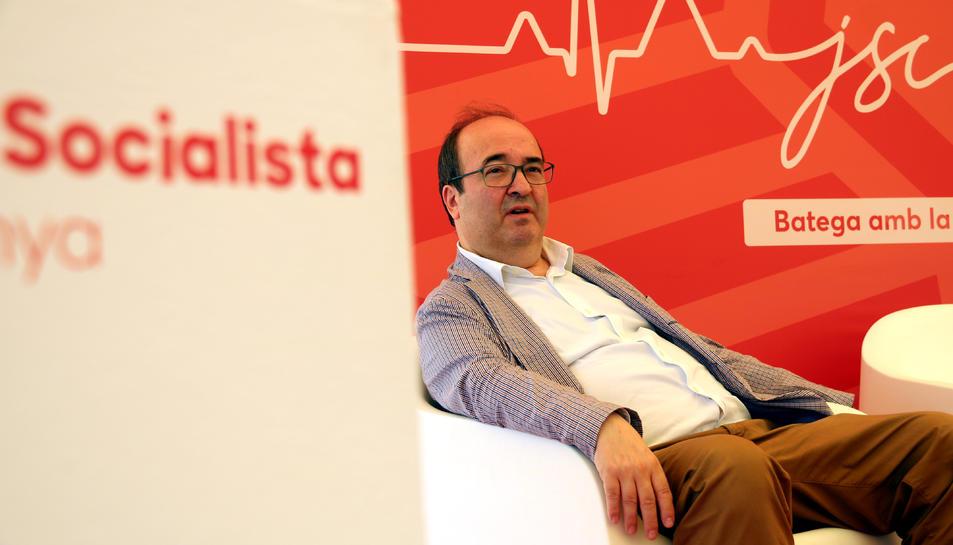 Pla mitjà del primer secretari del PSC, Miquel Iceta.