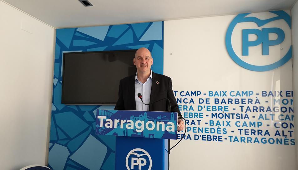 El candidat del PP per Tarragona, Jordi Roca, ahir, a la seu dels populars a la ciutat. DIARI MÉS