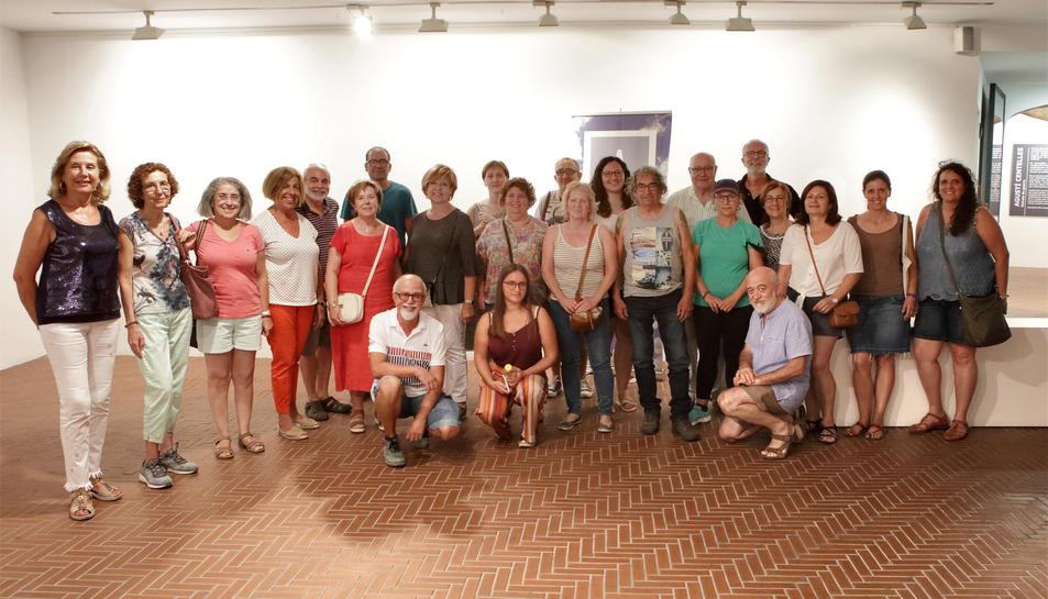 Imatge dels participants al curs amb el fotògraf Ramon Giner.