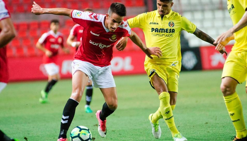 Un partit amistós entre el Nàstic i el Villarreal disputat al Nou Estadi.