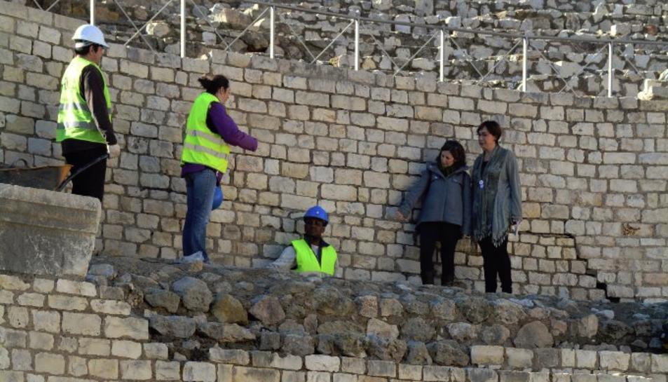 Els experts de la UNESCO durant la seva visita a Tarragona per valorar l'estat de l'Amfiteatre.