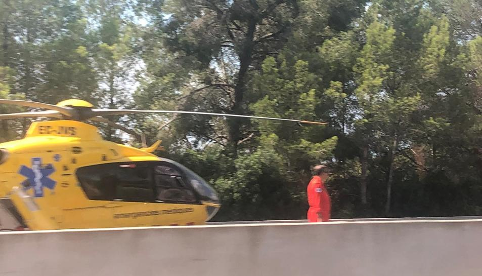 L'helicòpter del SEM, a l'accident de l'AP-7