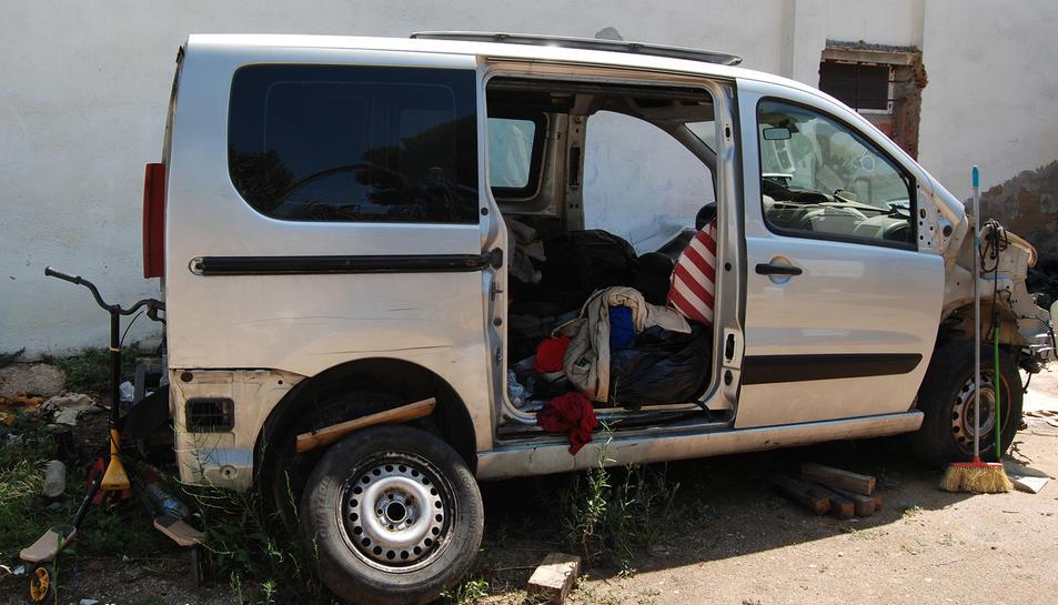 Els detinguts robaven furgonetes per utilitzar-les per a la sostracció de motos.