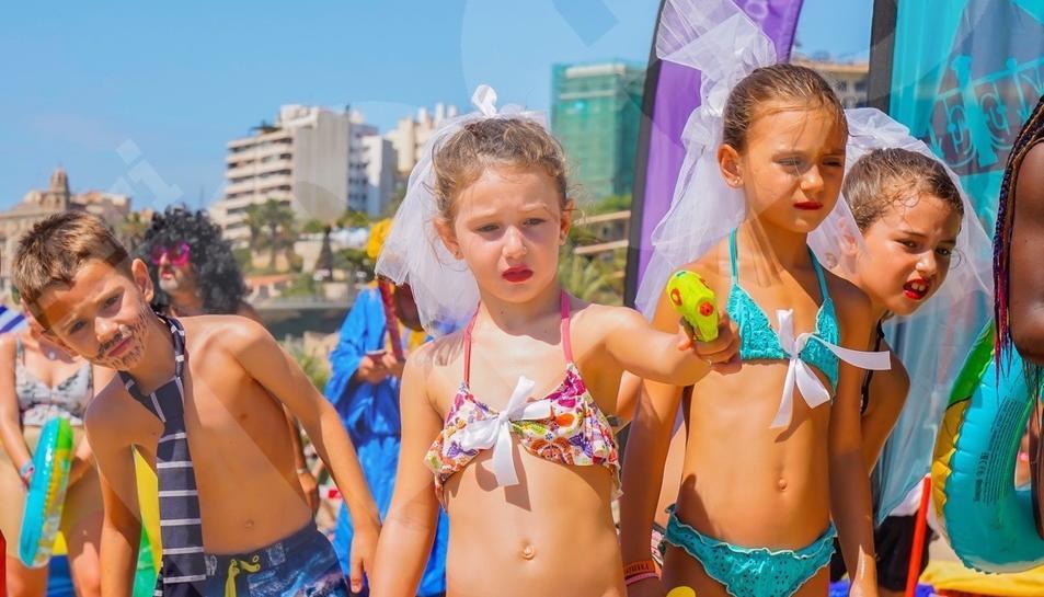 Les andròmines a la platja del Miracle (1)