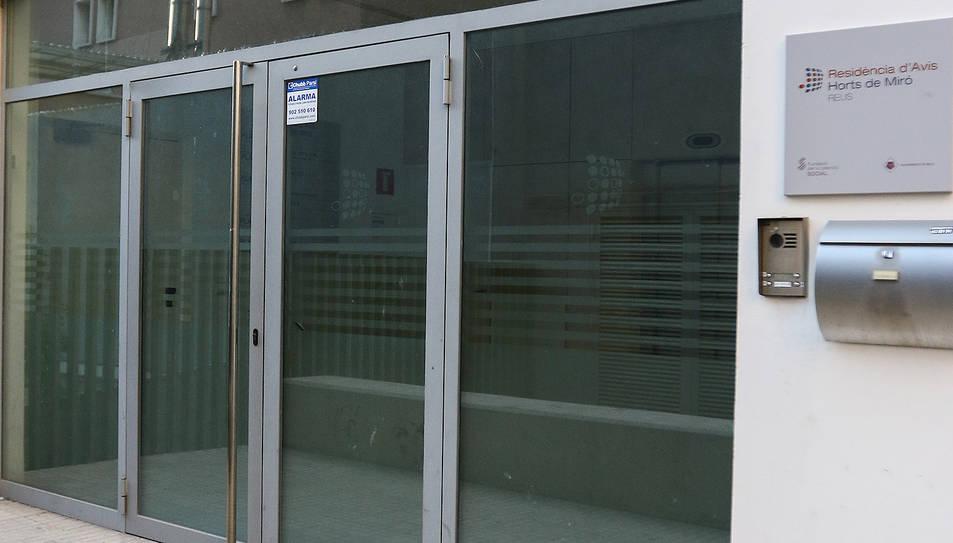 L'accés a les instal·lacions, que acumulen anys tancades.