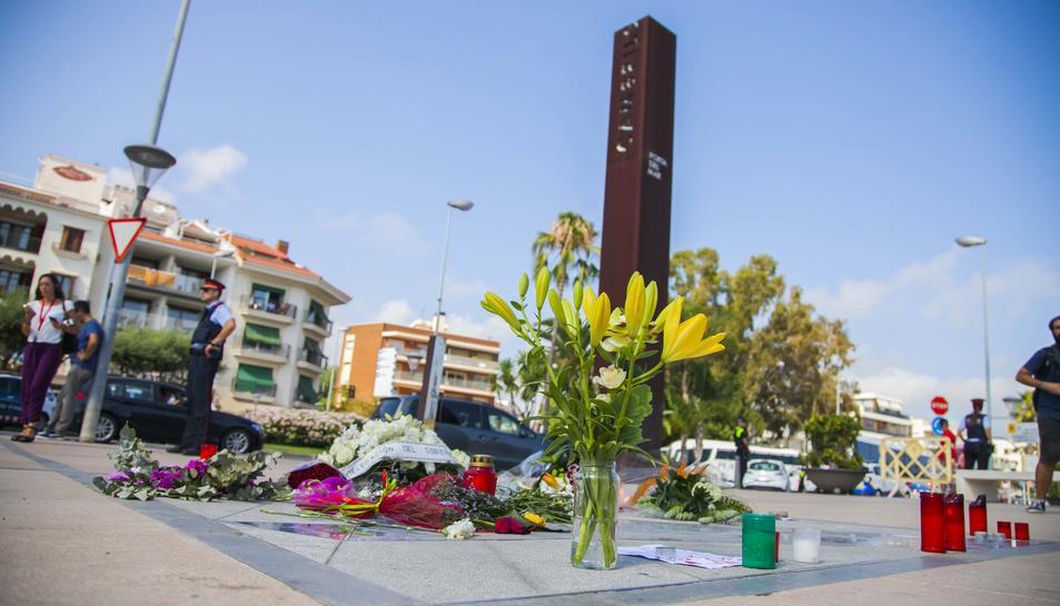 Imatges de l'homenatge a les víctimes del 18-A, en el qual hi ha assistit el President de la Generalitat, Quim Torra