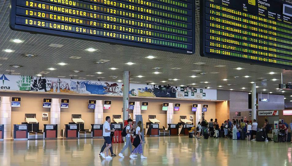 L'interior de les instal·lacions de l'Aeroport de Reus.