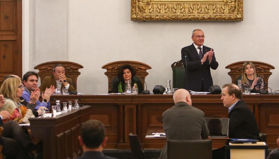 Un ple del mandat 2015-2019, amb l'anterior grup de Cs, els tinents d'alcalde i l'alcalde.