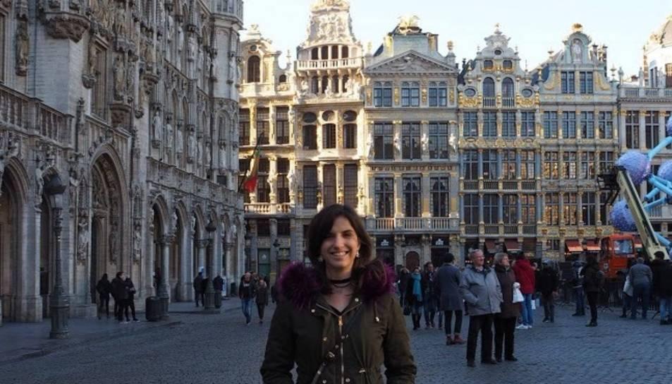 L'Anna a la Grand Place, la plaça més famosa de Brussel·les.