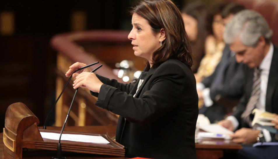 La portaveu del PSOE, Adriana Lastra, intervé al Congrés el 25 de juliol de 2019.