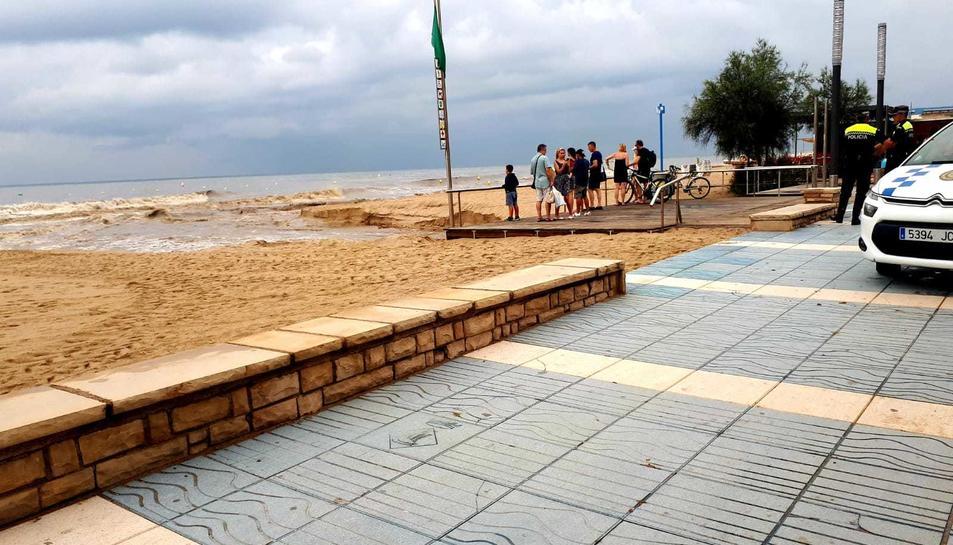El barranc de Barenys al seu pas per Salou.
