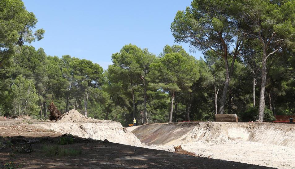 Els treballs de moviment de terres han començat als terrenys del CRT a Salou.