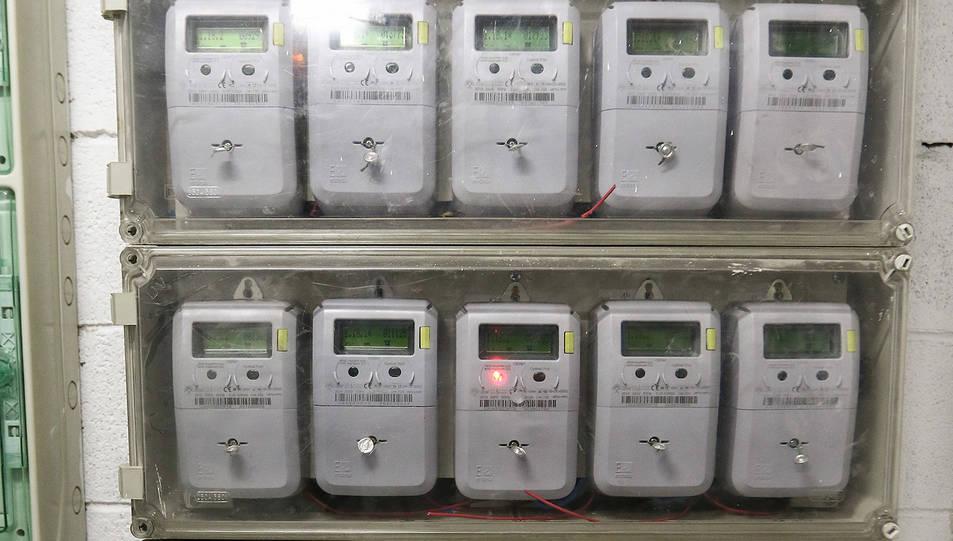 Una imatge d'arxiu de comptadors elèctrics.