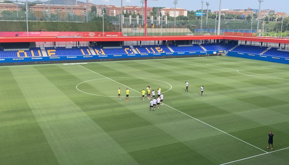 L'Estadi Johan Cruyff abans de començar el Barça B-Nàstic