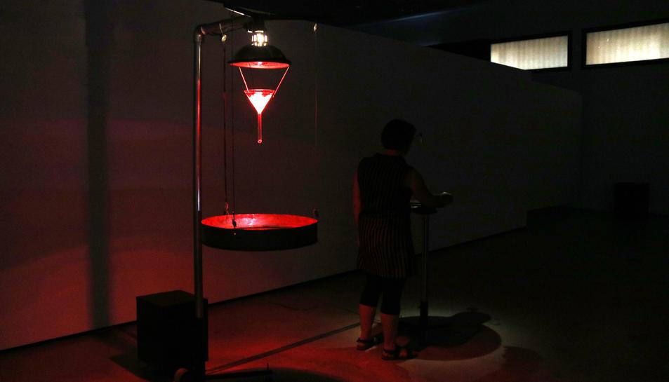 Pla general de l'escultura sonora 'Phase Transition' al centre d'art lo Pati.