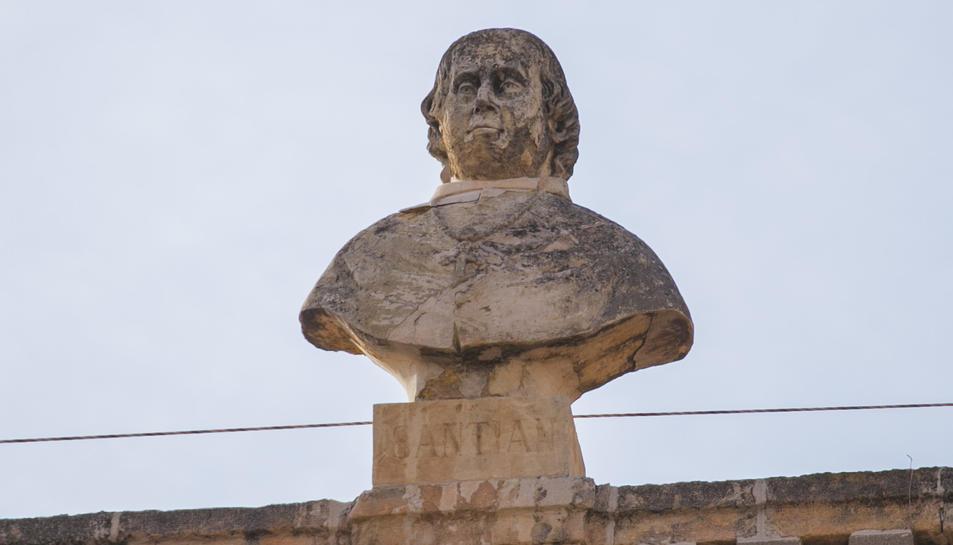 Bust de Joaquín de Santiyán.