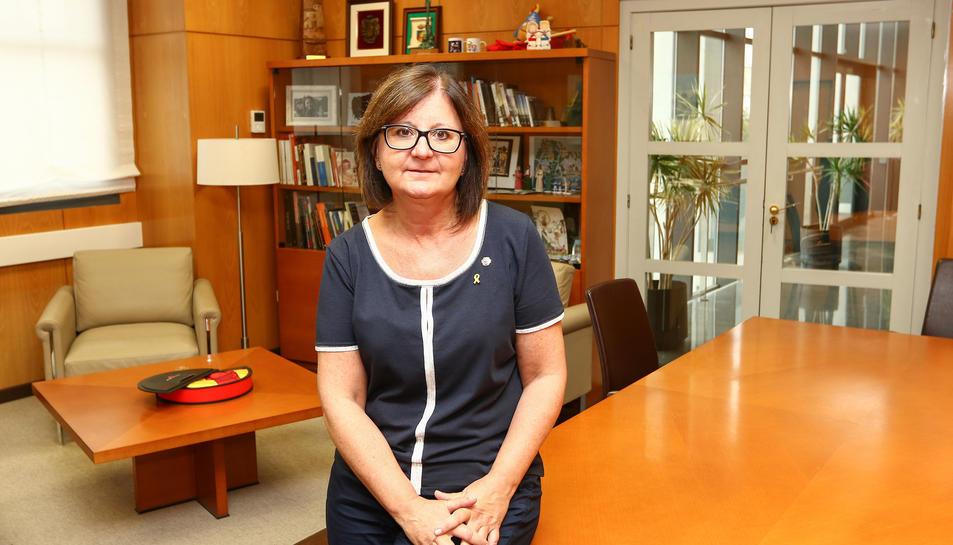 Cami Mendoza en el seu despatx a l'Ajuntament de Cambrils.