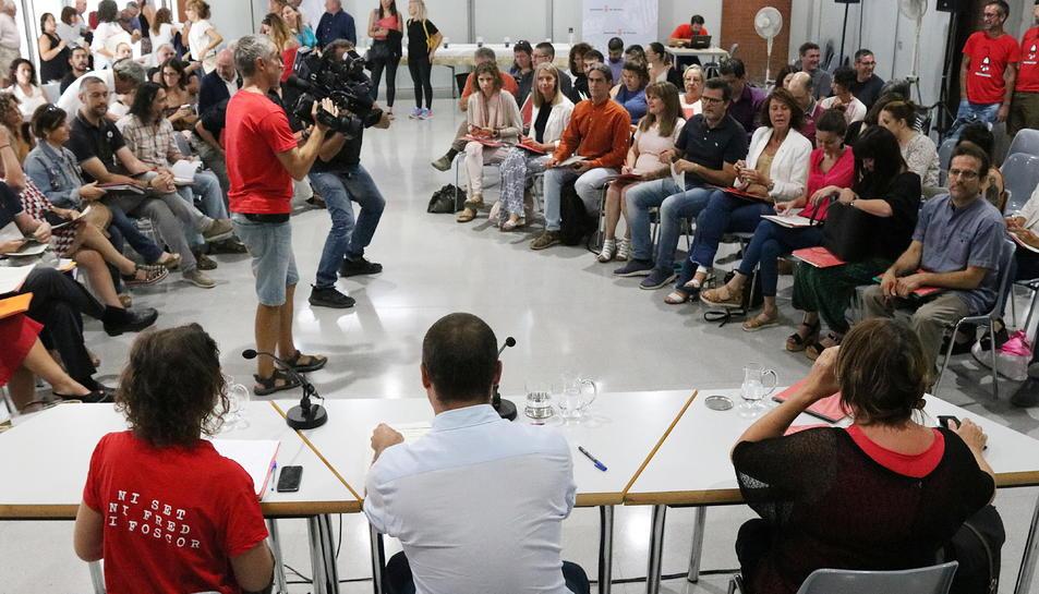 La reunió es va desenvolupar ahir a Terrassa, on van assistir representants de 49 ajuntaments catalans.