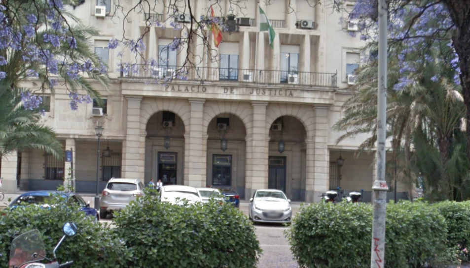 Imatge de la façana de l'Audiencia Provincial de Sevilla.