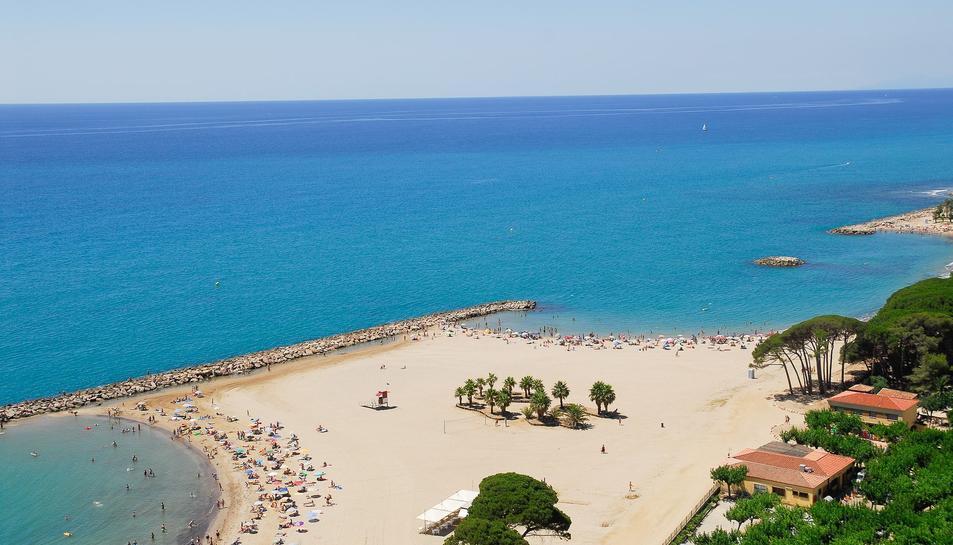 Imatge de la platja de l'Ardiaca de Cambrils