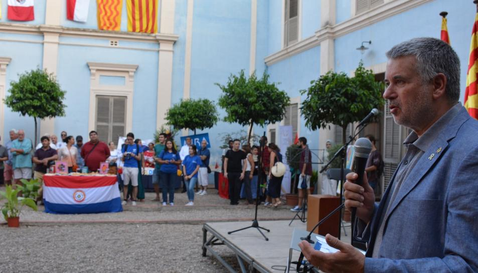 L'alcalde Pau Ricomà en l'acte celebrat dissabte a la Casa Canals.