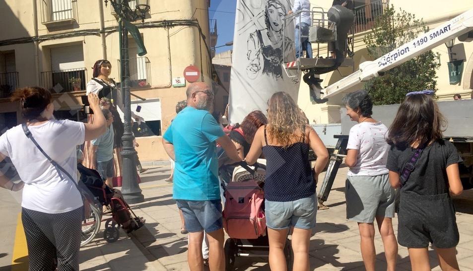 Una vuitantena d'artistes exposen el seu art a MontbriArt