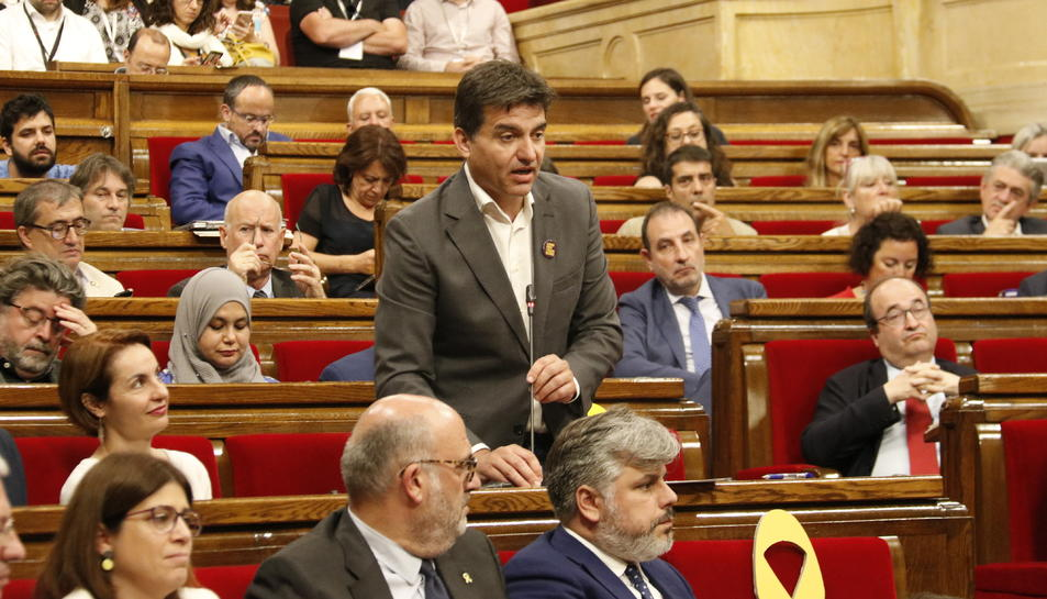 El president d'ERC al Parlament, Sergi Sabrià, durant la sessió de control.