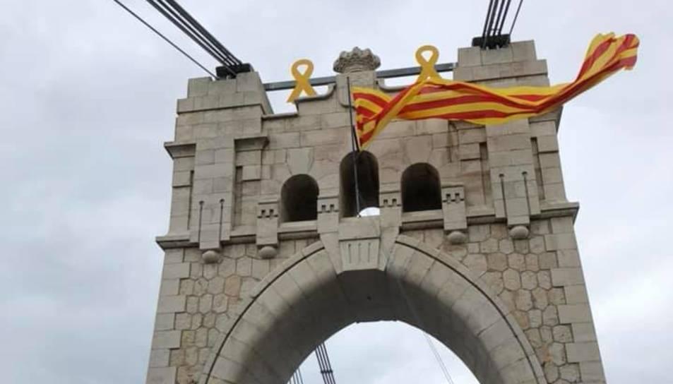 Acte al Pont Penjant d'Amposta.