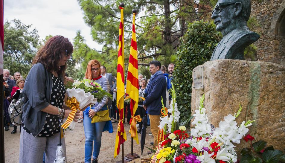 Ofrenda a Salvador Allende