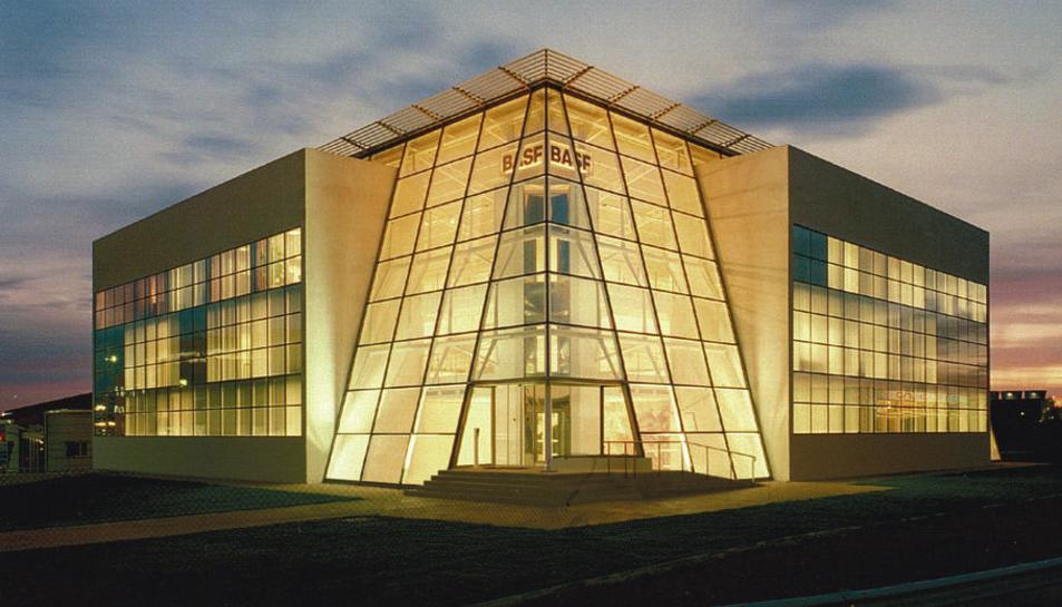 Imatge d'una seu de BASF.