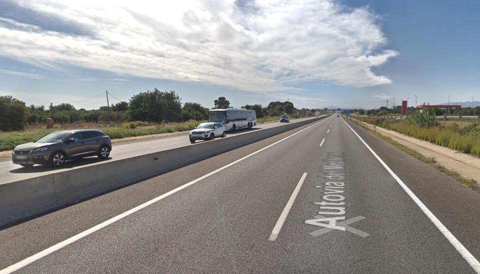 Imatge de l'A-7 al seu pas per Vila-seca.