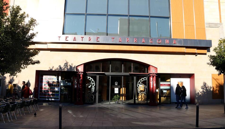 Pla general de la façana del Teatre de Tarragona