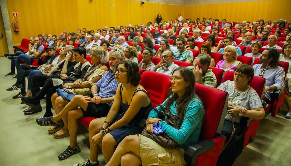 Públic assistent a la primera projecció del film dedicat a Boada.