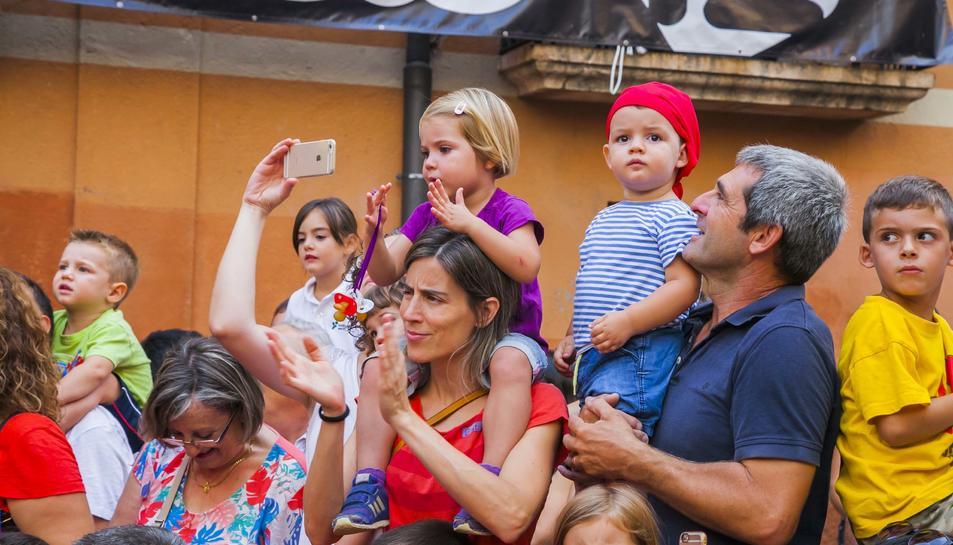 Els més petits entreguen el xumet a la Víbria