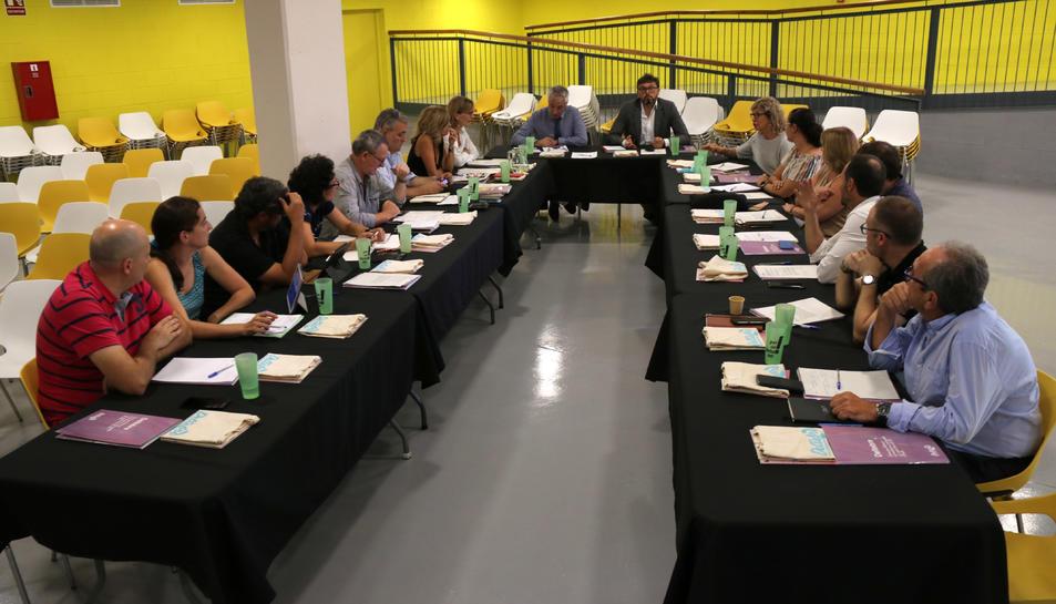 Pla general de la reunió de la Taula d'Ecoturisme de Catalunya a Deltebre. Imatge del 18 de setembre de 2019