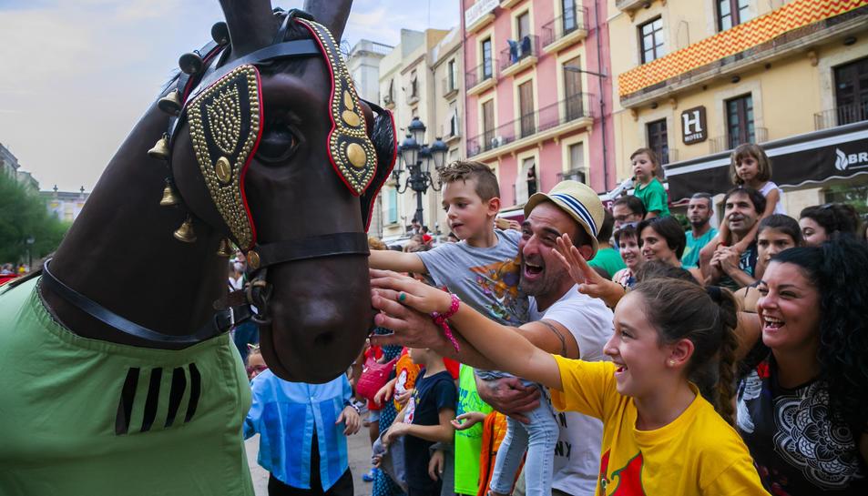 Els nens van ser els principals protagonistes de la festa que el programa de Santa Tecla els dedica.